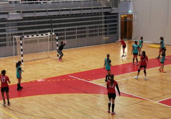Mlađe  kadetkinje Ženskog rukometnog kluba Poreč pobijedile Rovinj, djevojčice izgubile