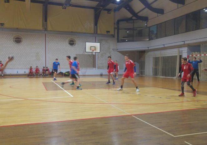 Rukomet; U 7. kolu županijske lige mlađi kadeti Poreča podjelili bodove sa Novigradom