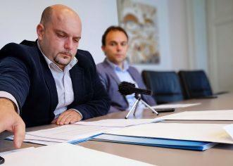Jakus o navodnom pogodovanju u natječaju za prodaju zemljišta na Facinki