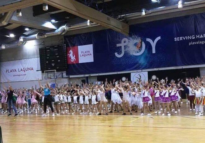 U Intersportu je održan Otvoreni turnir u mažoret- i pompon plesu