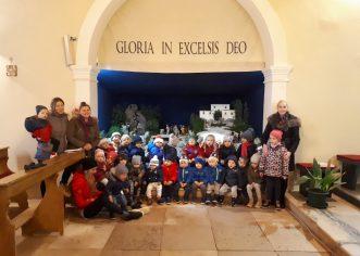 Djeca dječjeg vrtića Radost u Baderni obišla jaslice u crkvi Rođenja Djevice Marije u Baderni
