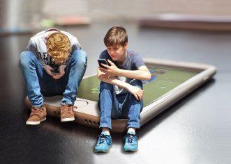 Ekrani u životima djece – ovisnost o tehnologiji