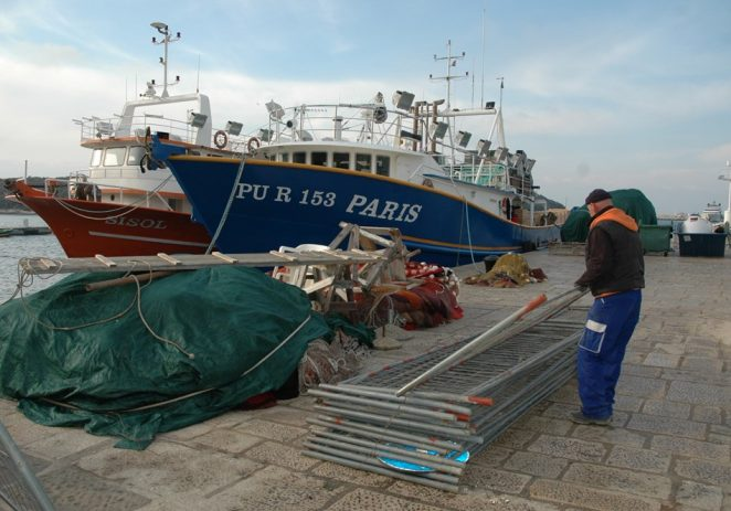 U Vrsaru se gradi gat isključivo za ribare