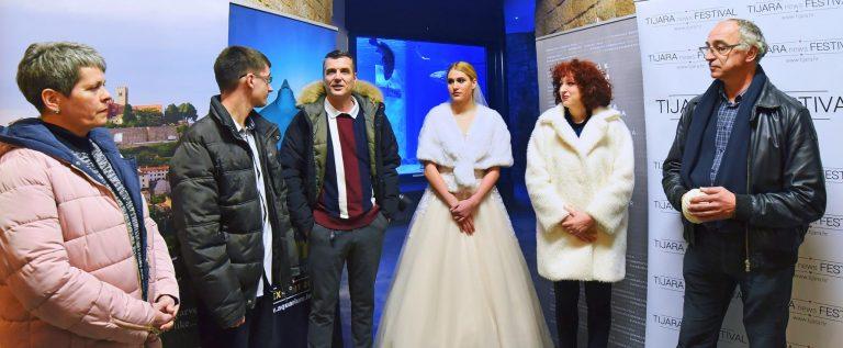 TIJARAartNEWS_Aquarium Pula_SandaSvraka LinoMatijas RajkoBoricic VjencaniceBiba MarijanaDaboPercan ZoranMicic