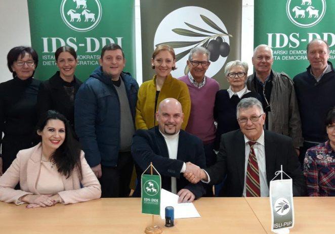 Porečki IDS i Istarska stranka umirovljenika potpisali sporazum o suradnji u Gradskom vijeću Poreča