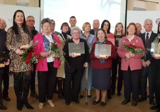 Začetnicima istarskog ugostiteljstva TZ Istre dodijelila prigodne nagrade