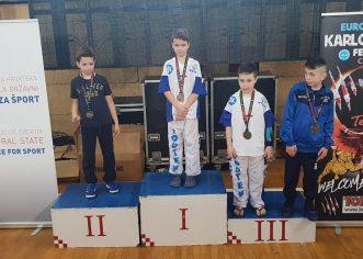 Kickboxing: Vrsarani prvi, drugi i treći u Europi !