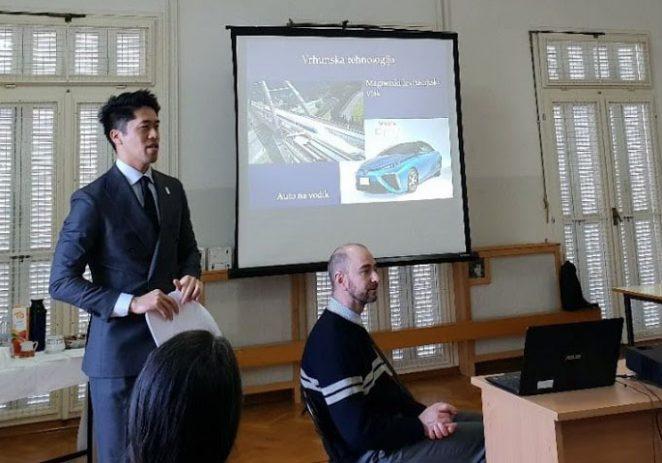 Japanski ataše za kulturu posjetio Talijansku osnovnu školu Poreč