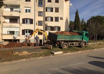 Pri kraju uređenje nove autobusne čekaonice u Vežnaverima, dovršen novi parking u Stanciji Portun, nova parkirališna mjesta dobiva i Dalmatinska ulica