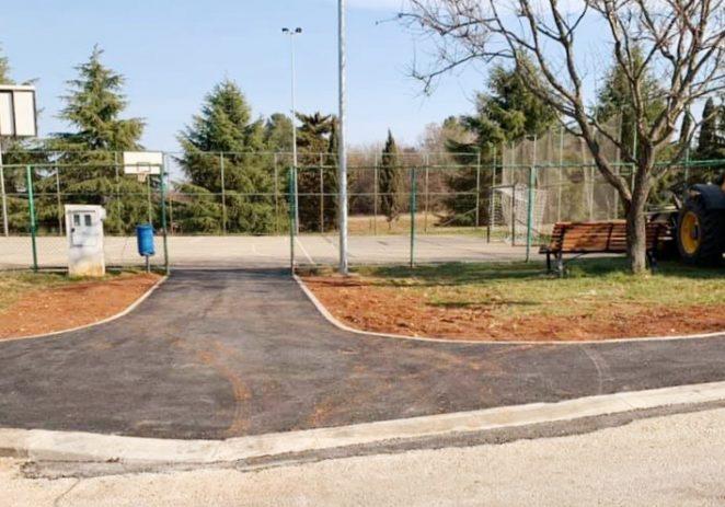 Poreč-jug: nova javna rasvjeta, dovršeni nogostupi, stepenice i pristup igralištu