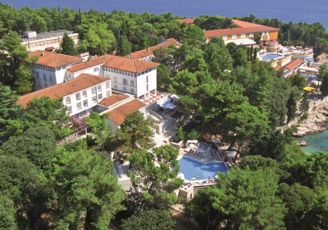 Valamar prvi u Hrvatskoj zaposlenicima osigurao smještaj u hotelu s bazenom
