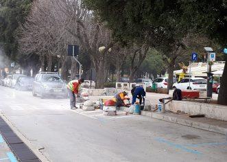 Uređuju se rampe za invalide u Vialama, asfaltirana prometnica i autobusno ugibalište u Cancinima