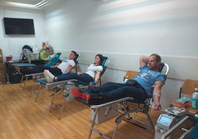 Na današnjoj akciji darivanja krvi prikupljeno 35 doza krvi