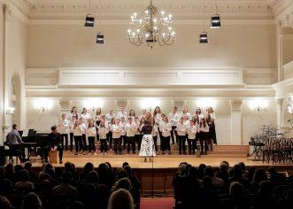 Zbor Umjetničke škole Poreč predstavio se izvrsnim nastupom u dvorani Hrvatskog glazbenog zavoda u Zagrebu