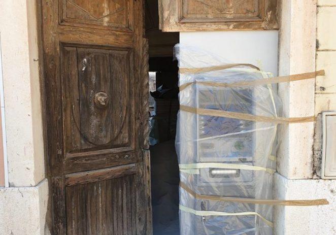 Šokantna devastacija na Trgu slobode u Poreču
