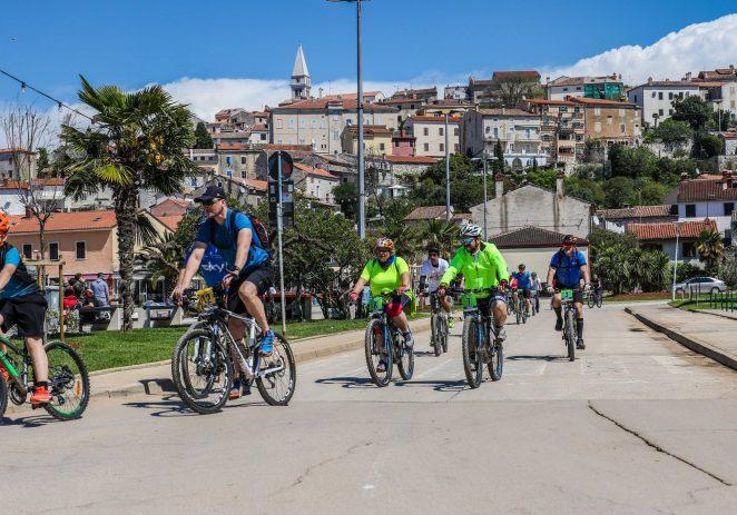 Preko 70 biciklista na vrsaranskom Limes bike tour-u