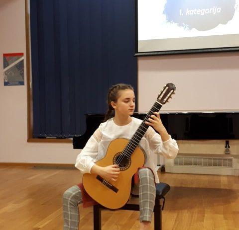 Chiara Vukadinović iz Umjetničke škole Poreč osvojila II. nagradu na Državnom natjecanju !