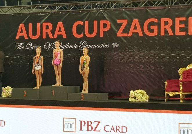 Porečke ritmičke gimnastičarke odlično nastupile na međunarodnom Aura Cup-u u Zagrebu