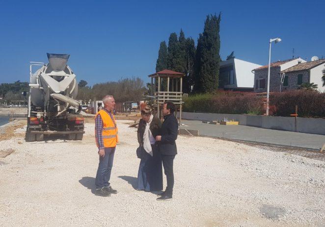 Gradonačelnik Peršurić i pročelnik Poropat obišli  gradilišta gradskih i drugih komunalnih tvrtki