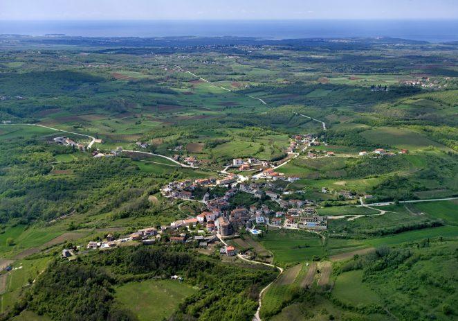 Javni uvid u prijedlog Programa raspolaganja poljoprivrednim zemljištem u vlasništvu države na području Općine Vižinada-Visinada