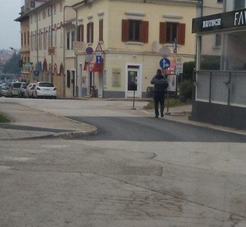 Nova parkirališna mjesta u ulici B. Parentina, asfaltiranja u Gulićima, Materadi i u užem centru grada