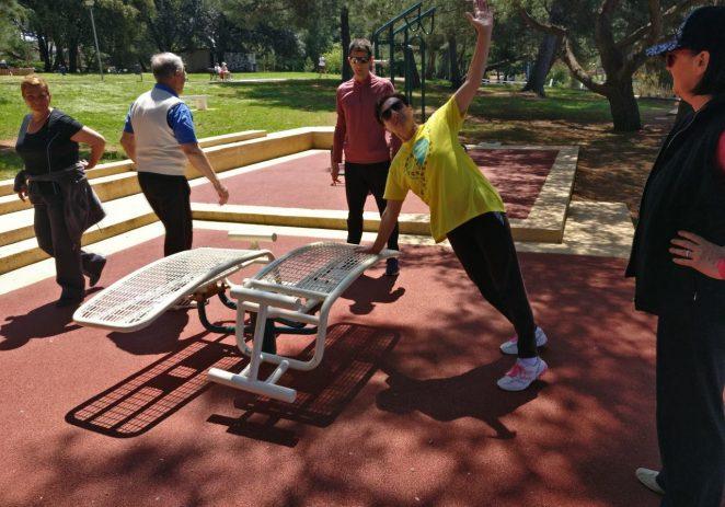 """Zoran Jendrašić i Vedran Vrus vodili organizirano vježbanje u sklopu projekta """"Živjeti zdravo – Volonteri u parku"""""""