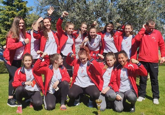 Porečke mlade rukometašice osvojile 10. mjesto na završnici Prvenstva Hrvatske