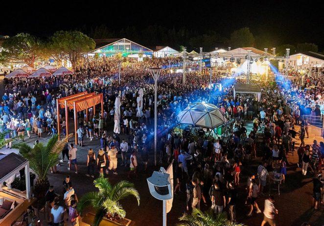 Spektakularna zabava na 30. Plava Laguna Croatia Openu Umag – Tony Cetinski na koncertu otvorenja, a u Dance Areni atraktivni Gianluca Vacchi i najpopularniji europski Queen Tribute band