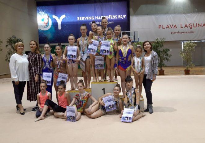Brojne medalje za gimnastičarke Galatea (Funtana-Vrsar) na Županijskom prvenstvu u ritmičkoj gimnastici