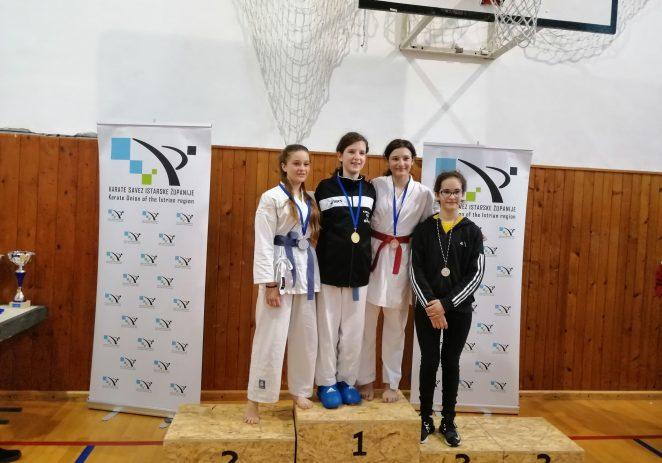 Tri medalje za Karate klub Finida sa županijske lige u borbama