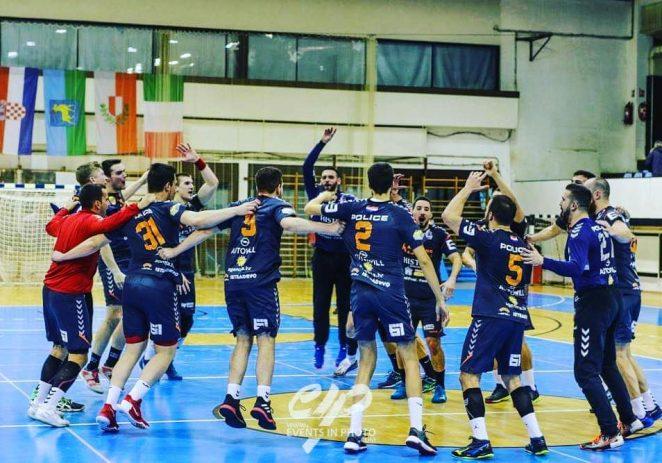 Rukometaši Dinka Đankovića u zagrebačkoj Dubravi još jednom su dokazali da su zasluženo osvojili četvrto mjesto u Premijer ligi !