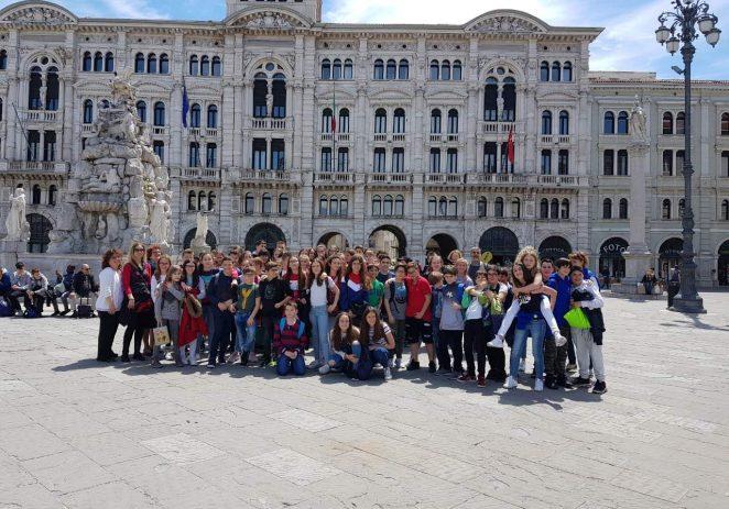 """Učenici Talijanske osnovne škole Bernardo Parentin posjetili svoje """"penfriends"""" u Trstu"""