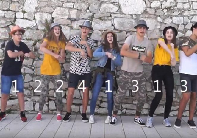 Učenici Talijanske osnovne škole B. Parentin iznenadili glazbenim spotovima za završnu priredbu Škole (video)