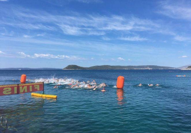 "Jakov Igrec, plivač Kluba za daljinsko plivanje ""Poreč"" postao je novi prvak Hrvatske na 3000 m"