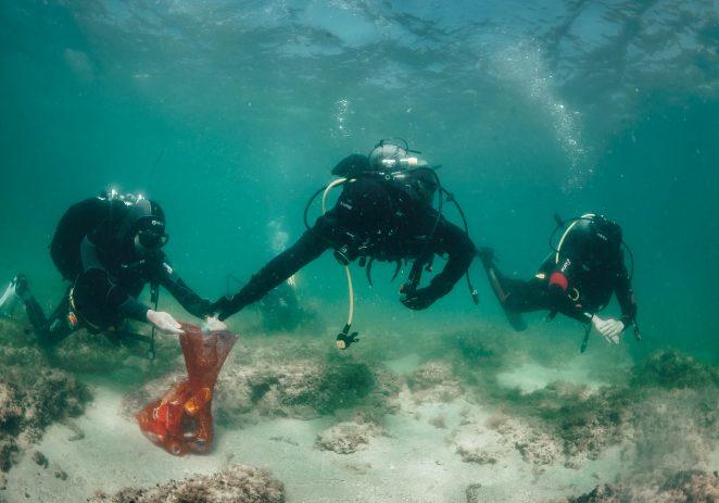 Više od dvjesto ronioca iz Hrvatske i Slovenije čistilo je podmorje na pet lokacija u Savudrijskoj vali