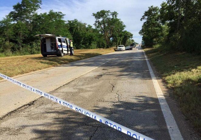 U teškoj prometnoj nesreći na cesti Červar-Tar poginuo policajac