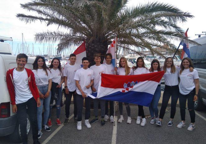 Simon Starić iz jedriličarskog kluba Horizont nastupio s juniorskom reprezentacijom na Europskom prvenstvu