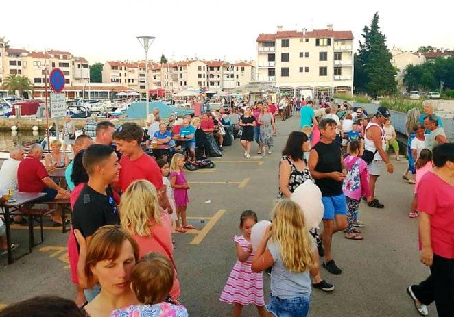 Održana prva ribarska fešta u Červar Portu