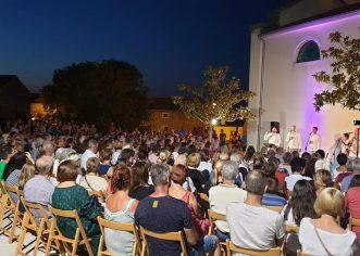 Klapa Kampanel održali fenomenalan koncert u Funtani