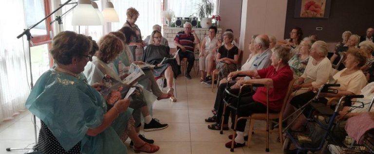 Predstava u Domu za starije i nemoćne