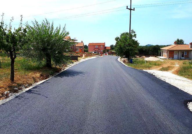 Asfaltirane prometnice u Radmanima, u planu izgradnja dječjeg igrališta