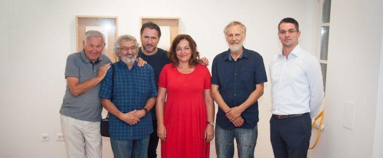g. Denegri (povjesničar umjetnosti) g. Ciglič i g. Han (grupa OHO) g. Sudac (autor projekta) gđa. Radetić (ravnateljica POUP) g. Miš (direktor hotela Valamar Riviera)