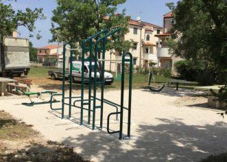 Sprave za vježbanje na otvorenom postavljene u Varvarima i Červar – Portu