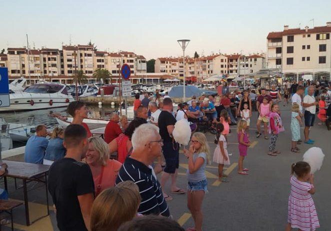 Danas, utorak, ribarska fešta u Červar Portu