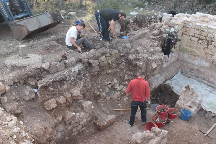 radiokarbonsko datiranje i arheologija
