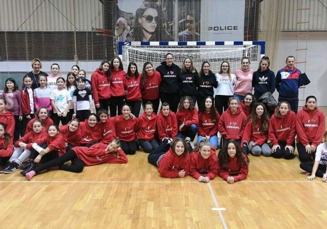 Škola rukometa ženskog rukometnog kluba Poreč