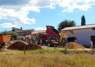 Gradi se polivalentno i dječje igralište u naselju Radmani, drugo dovršeno u naselju Ladrovići