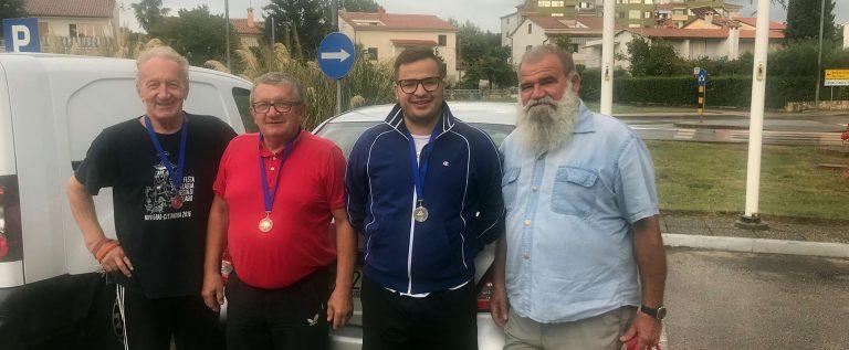 Stolnoteniski turnir u Buzetu