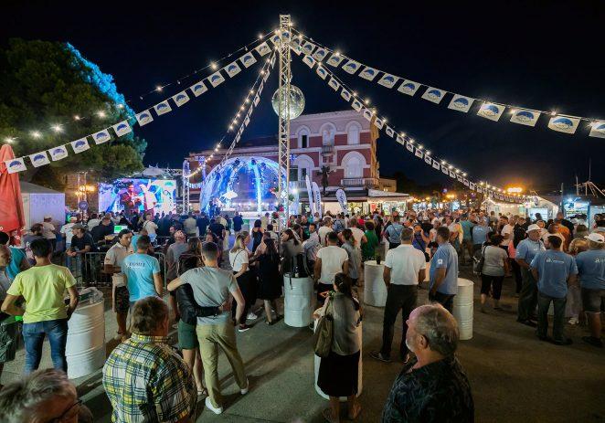 Stotine okupljenih prisustvovale svečanom otvorenju najvećeg turnira u lovu na veliku ribu na Jadranu