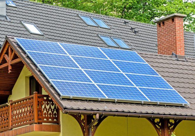 Država sufinancira panele za proizvodnju energije na krovovima obiteljskih kuća s 20 milijuna kuna